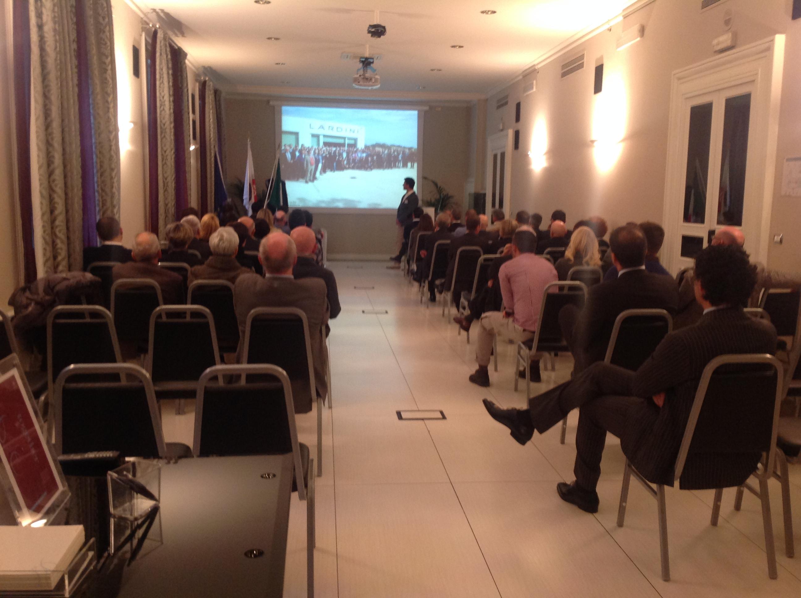 Festa di natale 2013 club iacde italia club iacde italia for Acqua salon boston